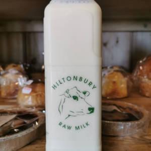 Buy fresh raw Jersey milk from Hilyonbury Farm
